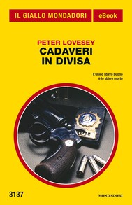Cadaveri in divisa (Il Giallo Mondadori) - copertina